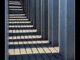 BORTOLUZZI Claude - Expo 2018 - Papier 3 - Allée - Mémorial de l'Holocauste (Berlin)