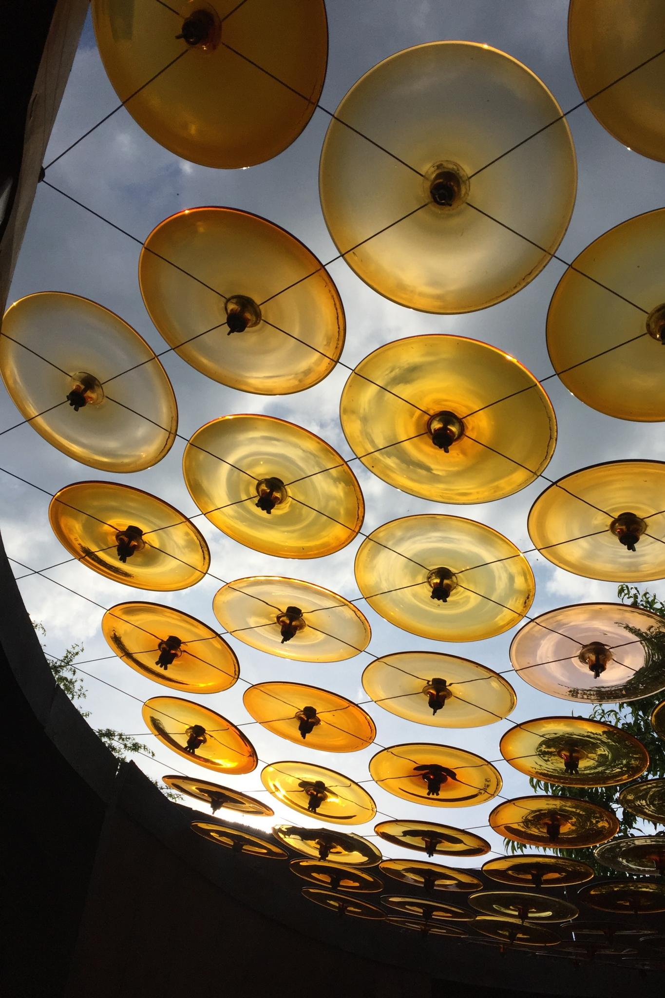 CAHN Guylaine - Expo 2018 - Projection 2 - Jeux de lumière