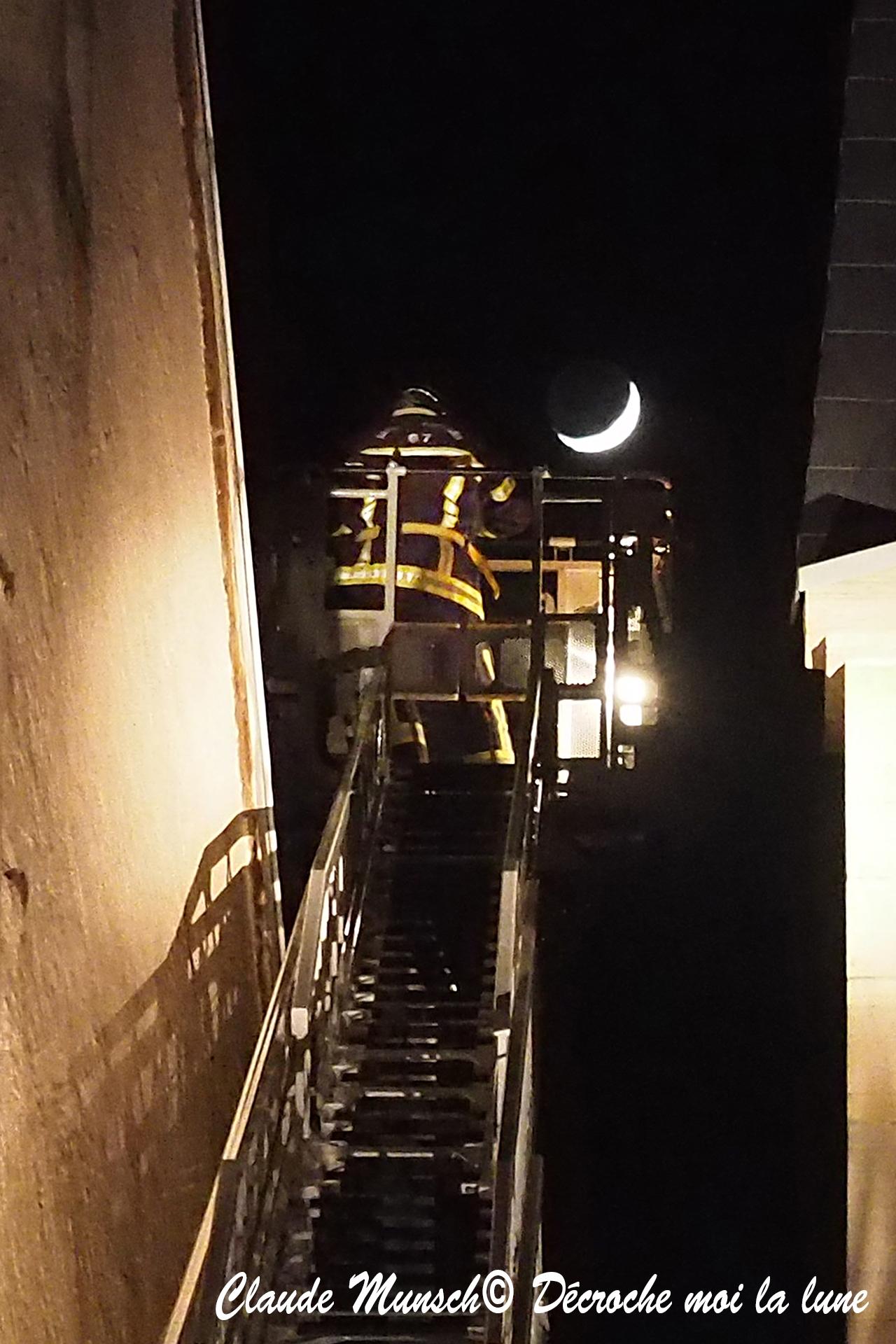 Decroche lune .jpg