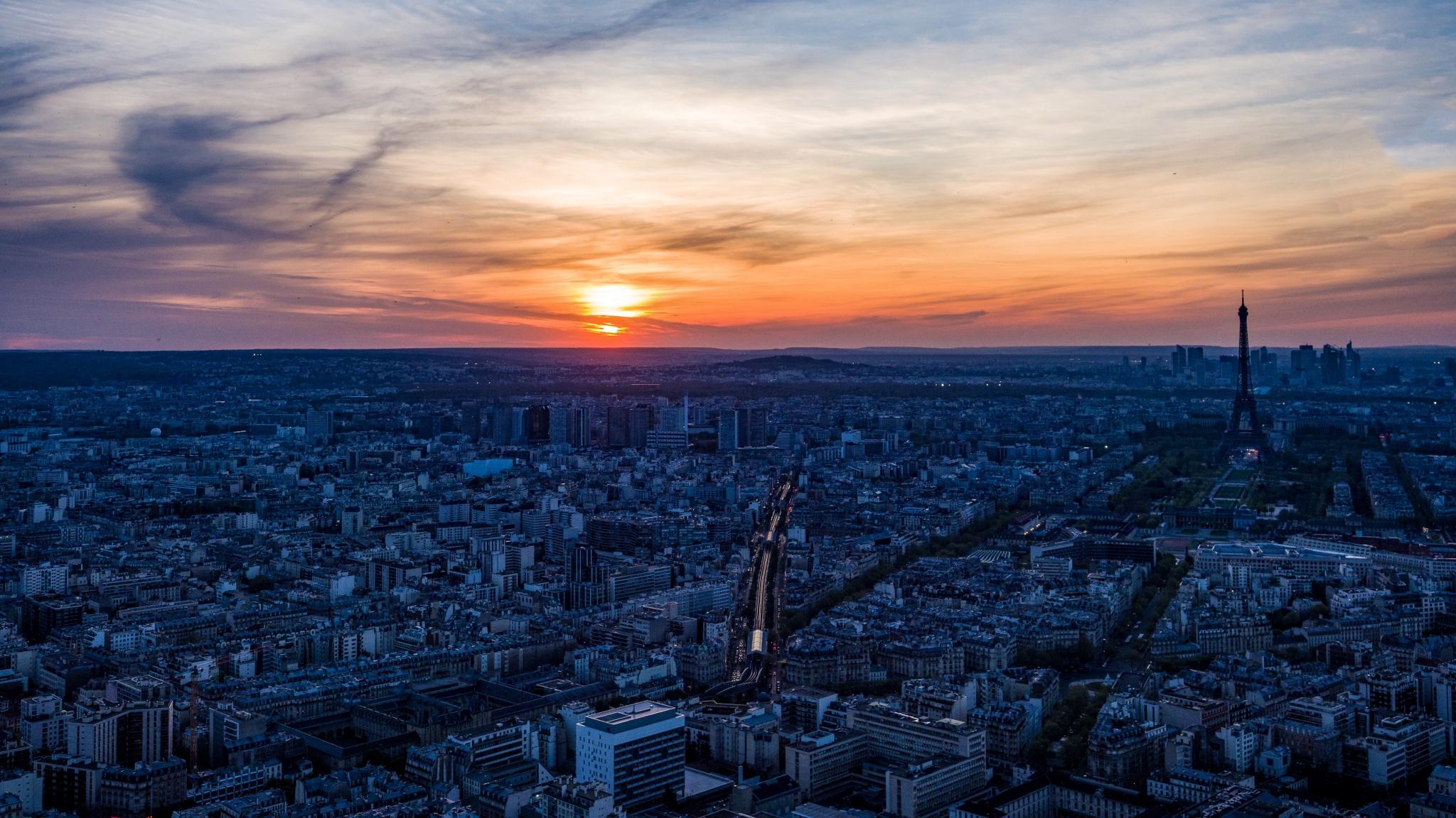 RONDIO-Gilles-Expo-2019-Papier-4-Paris-se-couche